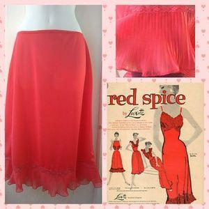 VTG 50s Luxite 'Red Spice' Nylon Half Slip Sz M